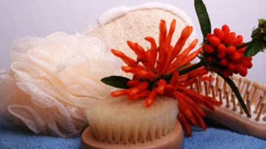Alleviate Dull Skin with Dry Body Exfoliation