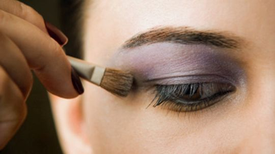Complementary Eyeshadow Colors for Dark Brown Eyes