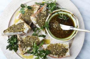 If you're looking for a simple and yummy appetizer to jumpstart your next dinner party, you'll find that options abound.