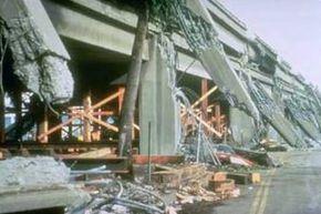 Bridge columns cracked by the Loma Prieta, Calif. earthquake of 1989