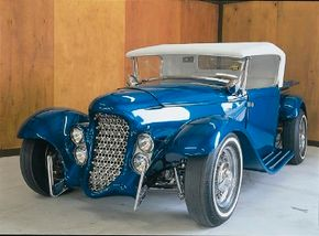Ray Farhner fashioned the Eclipse, which was based on a 1932 Ford roadster pickup. See more hot rod pictures.