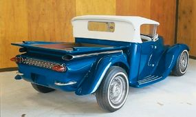 The Eclipse's modified 1959 Chevy rear quarter panels give the custom hot rod a sculpted look.