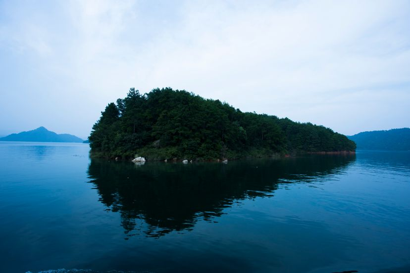 """Under Qiandao Lake, in Zhejiang province, China, lies Schicheng, the lost """"Atlantis of the East."""" Yaorusheng/Getty Images"""