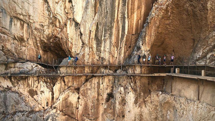El Caminito Rey , tourists