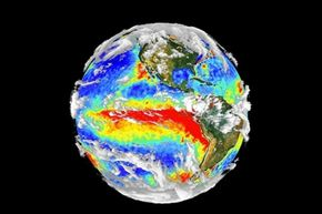 El Nino's distinctive red stripe of warmth at the equator.