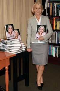 Many customers who went to see actress Helen Mirren speak and sign books at Barnes and Noble in New York City probably heard about the event through e-mail marketing.