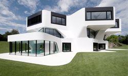 "This house practically screams ""futuristic."""