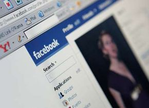 Popular Web Sites Image Gallery In 2007, Facebook opened its platform, allowing undiscovered software developers to create applications for the Web site. See more pictures of popular web sites.