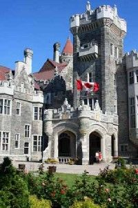 Casa Loma, Canada's famous castle,                                  features 98 rooms, decorated suites,                                                  secret passages, stately towers, estate                                                  gardens, and gift shops.