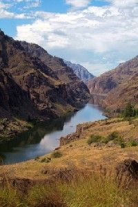 The view of the Snake River from the                                  rim of Hells Canyon is nothing short of                                                  spectacular.