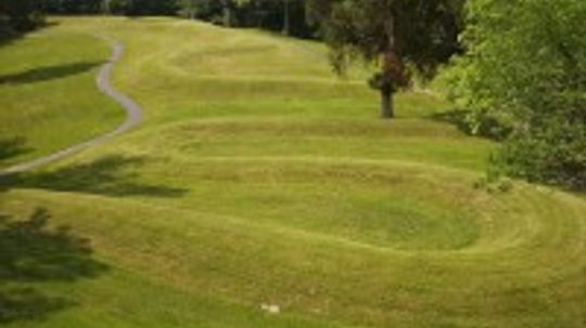 Family Vacations: Serpent Mound
