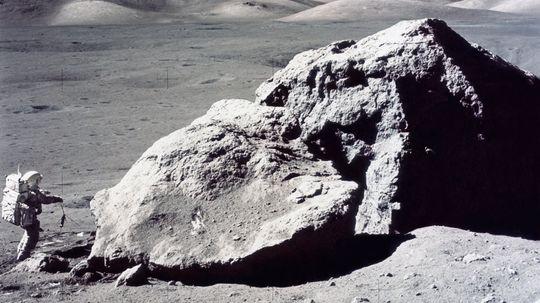 """到月球需要多长时间?""""border="""