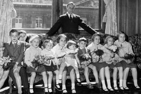 """In 1962, clerk and proud papa of 10 Marceau Kodische was named France's """"worthiest father."""""""
