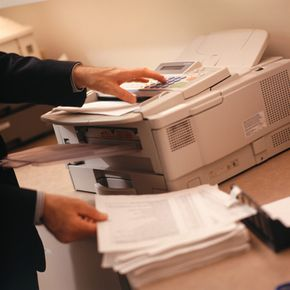 Modern fax machines rely on drum roller technology used in early fax machines.