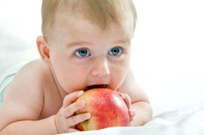 Find out when your baby is ready for solid food and other helpful tips on what to feed your baby and when.