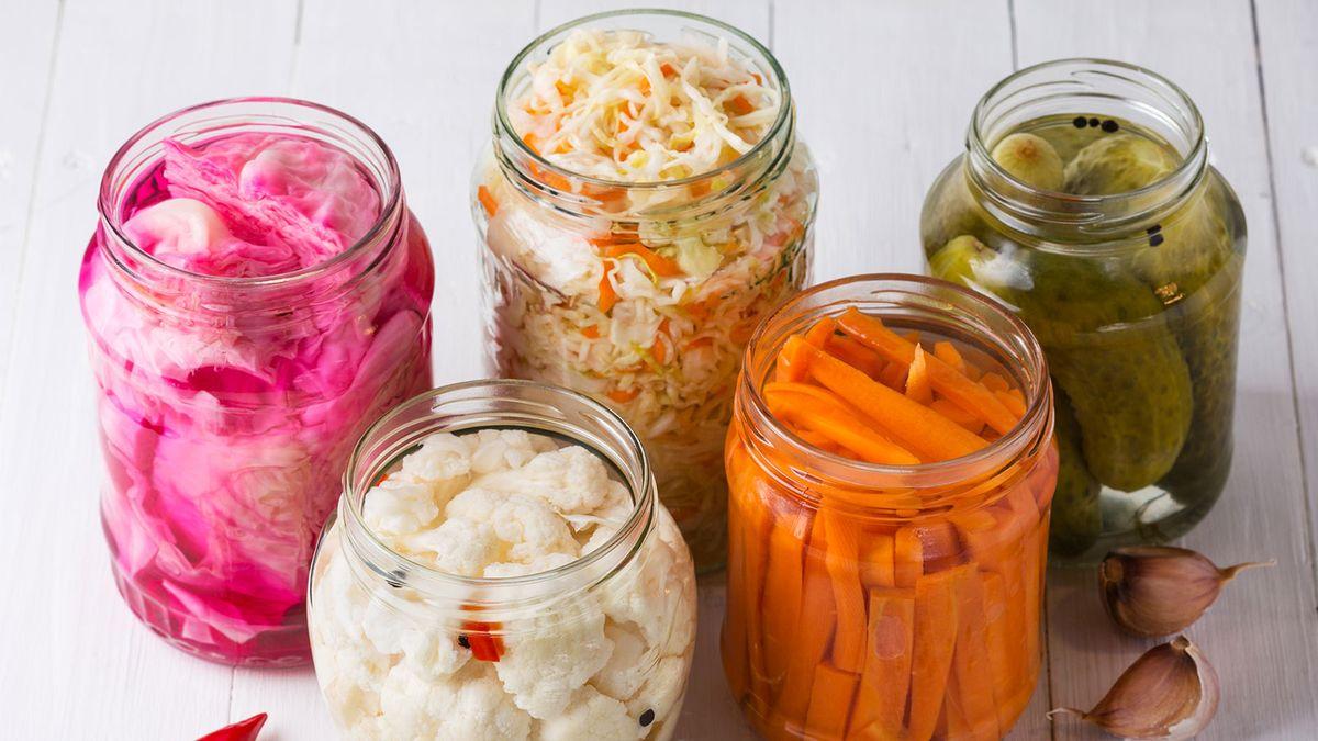 การหมักอาหาร: จุลินทรีย์ทำให้อาหารอร่อยได้อย่างไร