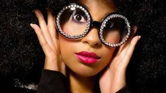 Find Big Glasses—a Hot Fashion Accessory—at a Thrift Store