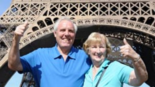How to Find a Retiree Travel Club