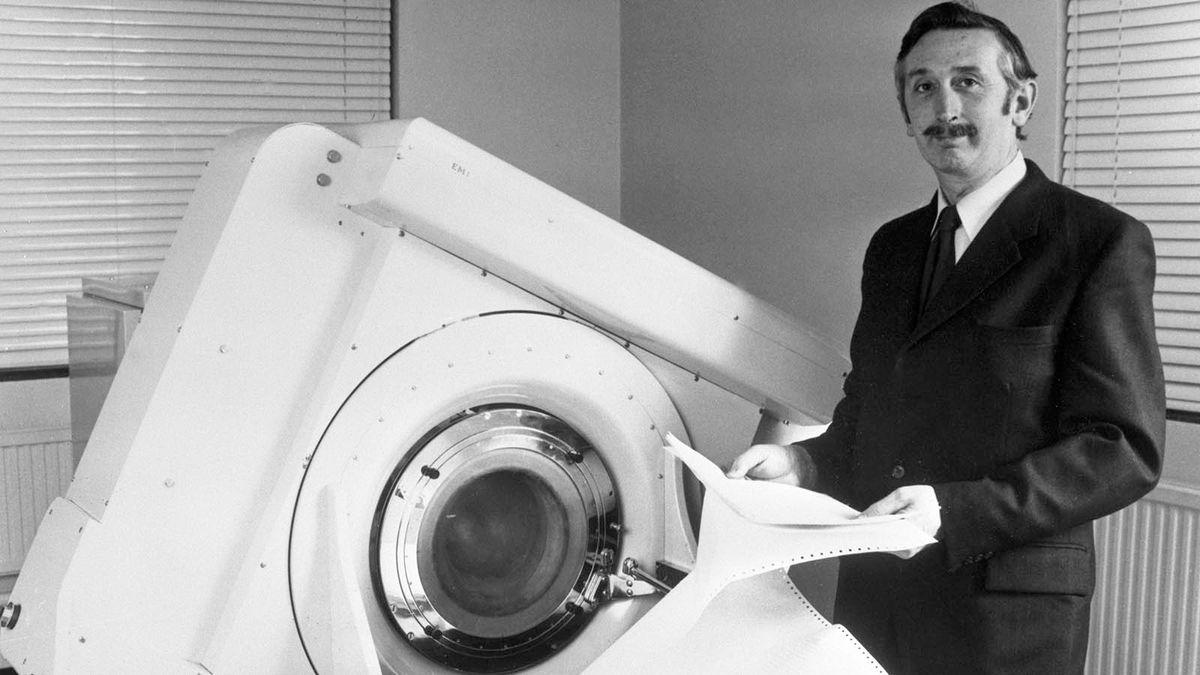 최초의 CT 스캔은 50년 전, 의학을 영원히 바꾸었습니다.