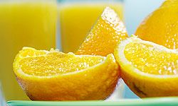 Whether you're drinking citrus or eating it, foods like oranges and grapefruits can help fight aging.