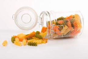 The right food storage can keep your food fresh and kitchen organized. For example, jars can be a convenient way to store pasta.