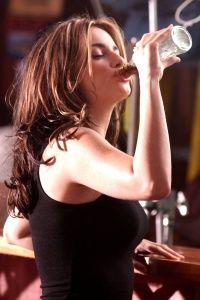Even celebrities like Penelope Cruz have to burp after drinking soda.