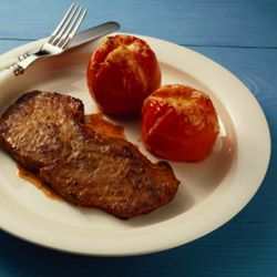 Grilled tomatoes make great side dishes.