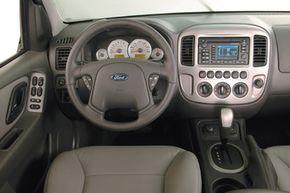 Escape Hybrid cockpit