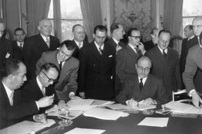 Walter Hallstein, head of the German delegation, and Jean Monnet, future president of the High Authority of the European Coal and Steel Community and representing France, signed the Schuman Declaration in 1951.