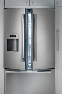 This stylish French door fridge has a special lining in its crisper area that automatically adjusts to keep produce fresher longer.
