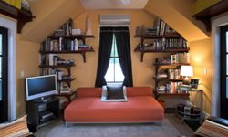 Comfortable enough for you to read and your guests to stay. Win, win!