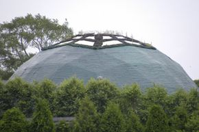 The Long Island Green Dome, in New York, has the same kind of ultrastrong roof found in all geodesic domes. In addition, it sports a unique green roof on which various kinds of plants can grow.