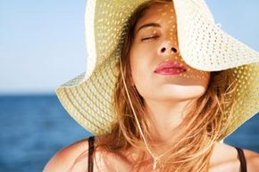 Shade and floppy hats may keep you from getting a sunburn, but wouldn't it be nice if a pill could do the same?