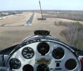 The string on the windshield tells the pilot if the plane is yawing