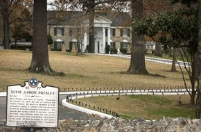 The exterior of Graceland from Elvis Presley Blvd.