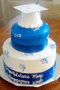 """A mortar board inspired cake says """"hats off"""" to the new graduate."""