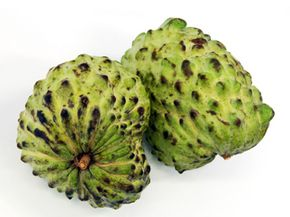No matter what you call it -- guanábana, custard apple, cherimoya or Brazilian paw paw (our favorite) -- this plant has a long history of medicinal use.