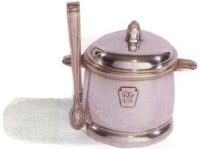 Every dining car on the Pennsylvania Railroad carried sugar bowls like this one in the 1930s.