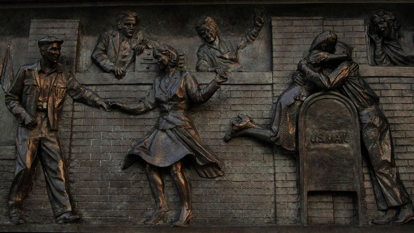 National World War II Memorial relief depicting the homecoming of the victorious soldiers