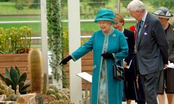 Queen Elizabeth II officially opens the Glasshouse on June 26, 2007.