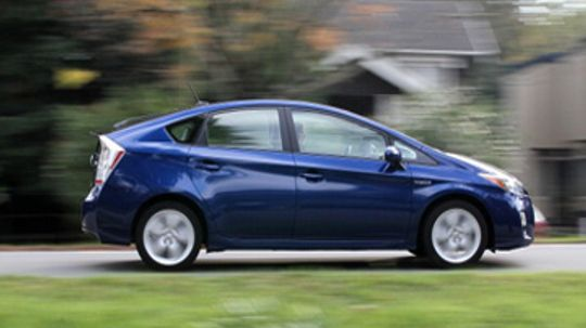 Do all hybrid cars qualify for tax credits?