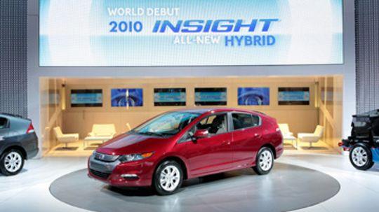 Do hybrid cars get power through kinetics?