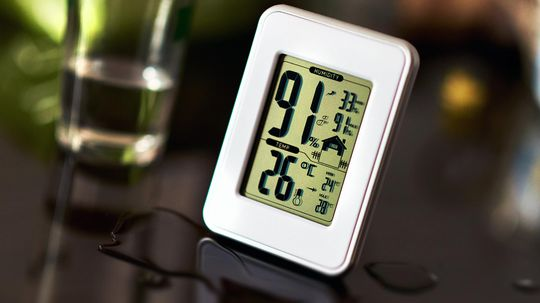 You Have a Thermostat, But Do You Need a Hygrometer, Too?