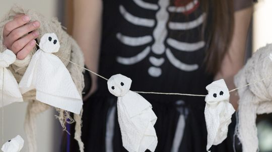 5 Halloween Craft Projects for Kids