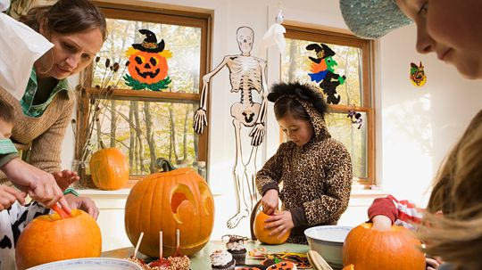 10 Cool Ideas for Halloween Parties
