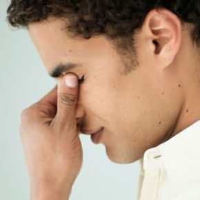 See how to ease sinusitis with tips from Dr. Robert Ivker.