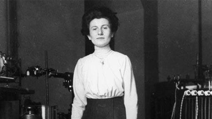 Hedwig Kohn, physics