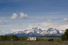Hiking Grand Teton could get a little crowded during peak tourist season, so plan carefully.