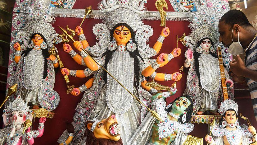 craftsman, idol Durga