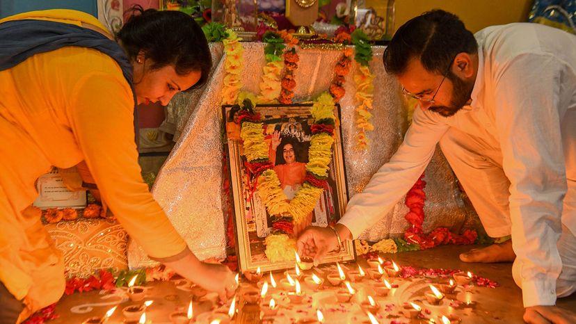 devotees, guru